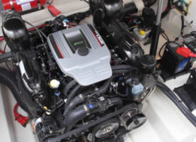 boats-yachts-engine-repair-and-installation-service-dubai-xclusive-yachts