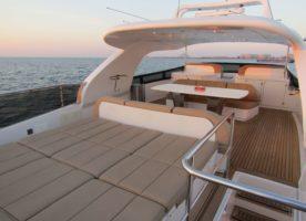 sunbed-cushion-canopy-upholstery-xclusive-marine-services-dubai